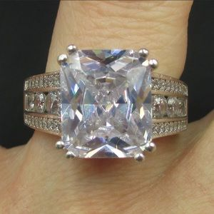 Vintage size 7.25 sterling silver CZ ring